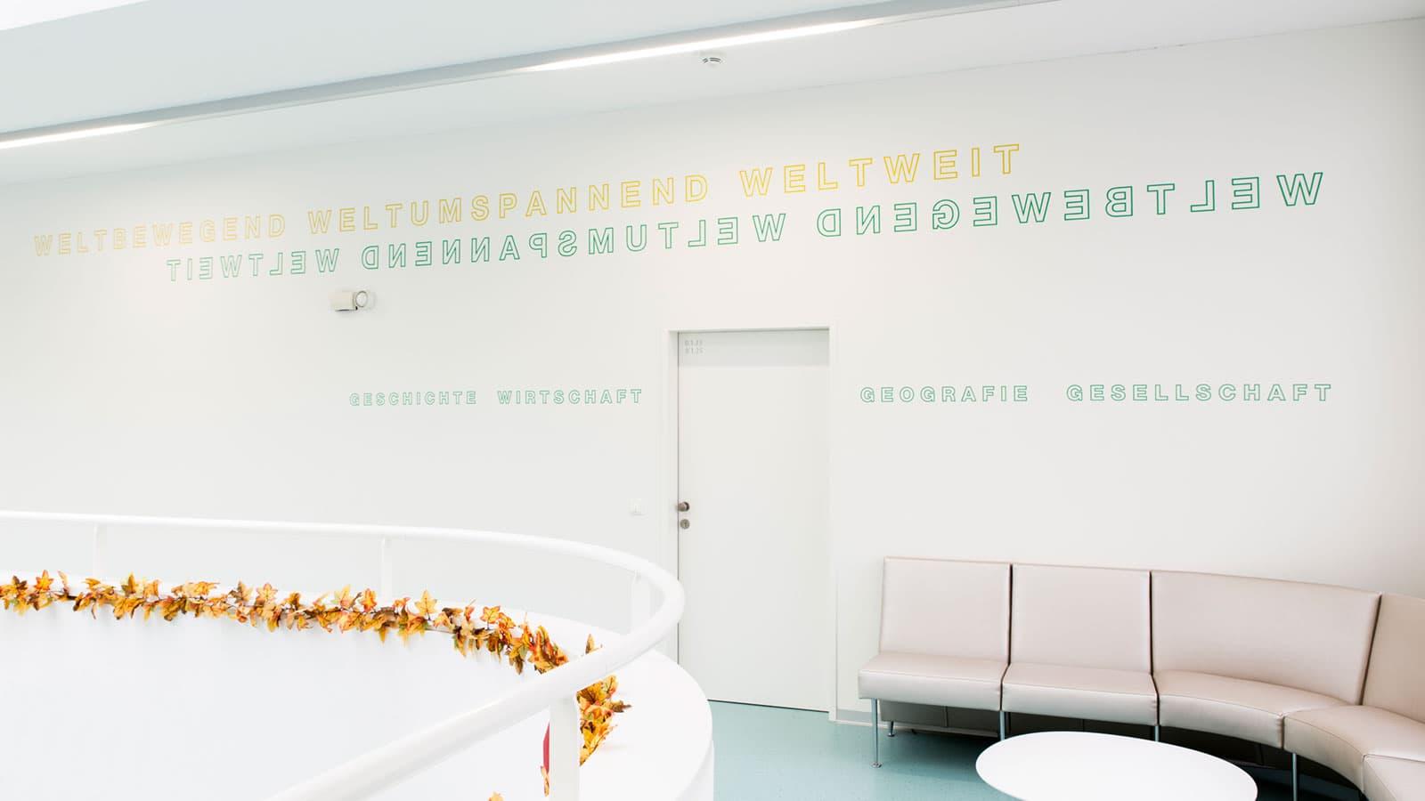 evangelisches gymnasium folienbeklebung glasmarkierung glasgestaltung