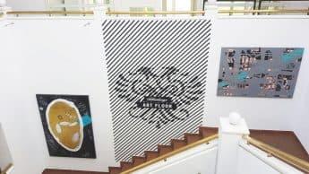 Schlumberger Art Floor, Ausstellungsmontage und -beschriftung, Digitaldruckfolien auf Wand,